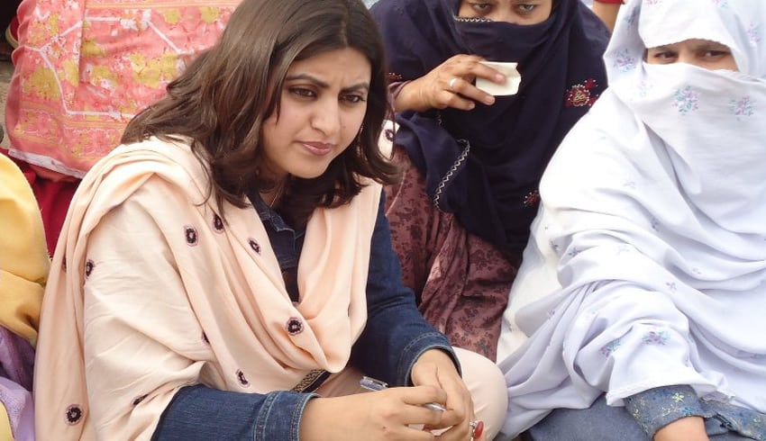 Encouraging more women to vote in Pakistan elections