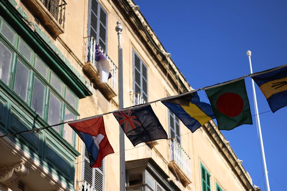 CHOGM-Malta-2015-Commonwealth-flags-Valletta.jpg